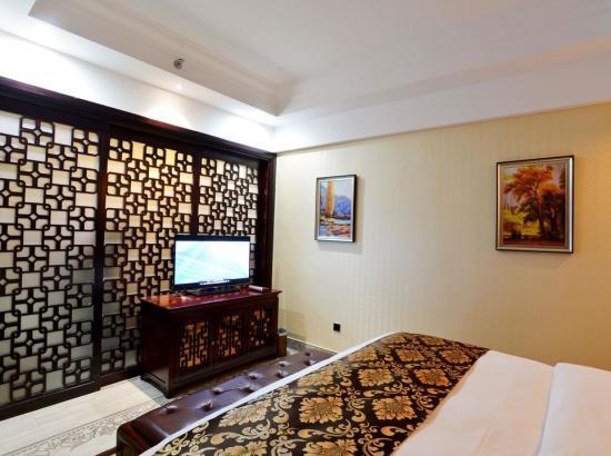 长沙万家丽国际大酒店70平方豪华套房 2晚含早可拆分