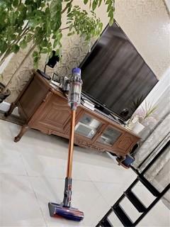 戴森V10无线手持吸尘器吸毛除尘又除螨