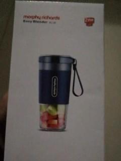 杯子使用很方便,打出来的果汁也属于比较细
