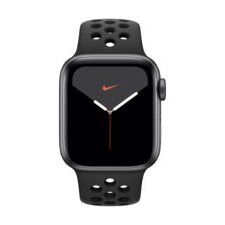 Apple Watch Series 5智能手表(Nike GPS款 40毫米 深空灰色铝金属表壳 煤黑配黑色运动表带 MX3T2CH/A)