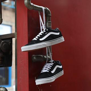 VANS 范斯 Faulkner 男士运动板鞋 VN000SJVC4R 黑色/白色 41