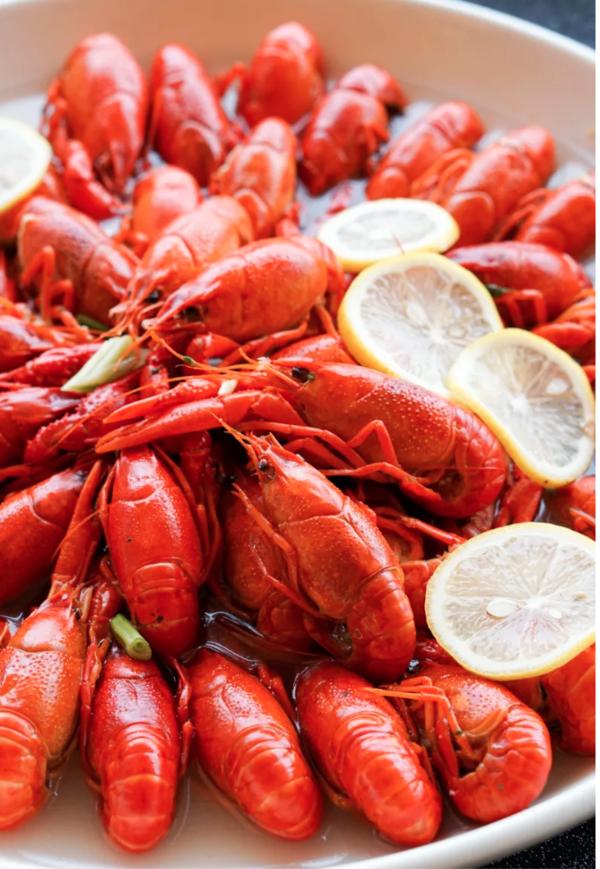 小龙虾畅吃,隐藏菜单还有波龙和蟹腿!上海静安香格里拉大酒店自助晚餐