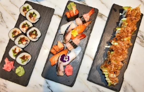 10种口味小龙虾自助餐+生蚝、扇贝不限量畅吃!上海康桥万豪酒店小龙虾主题自助晚餐