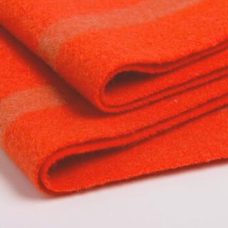皮尔卡丹 羊绒围巾女时尚格子学生围巾冬季加厚保暖新品女士围脖送礼礼盒装 D21TM5121 橘红驼