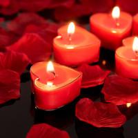 FOOJO 紅色心形蠟燭套裝 生日浪漫求婚表白蠟燭 10只心形送花瓣