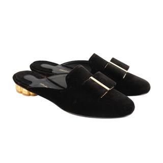 菲拉格慕(Salvatore Ferragamo)女士黑色织物花卉造型鞋跟密儿平底拖鞋 0680205_1D _ 80(送女友)