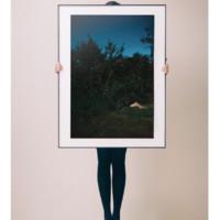 艺术品 利纳斯·瓦托尼 Linas Vaitonis 作品《苹果酒酣》 The cider house legs  限量摄影 装饰画