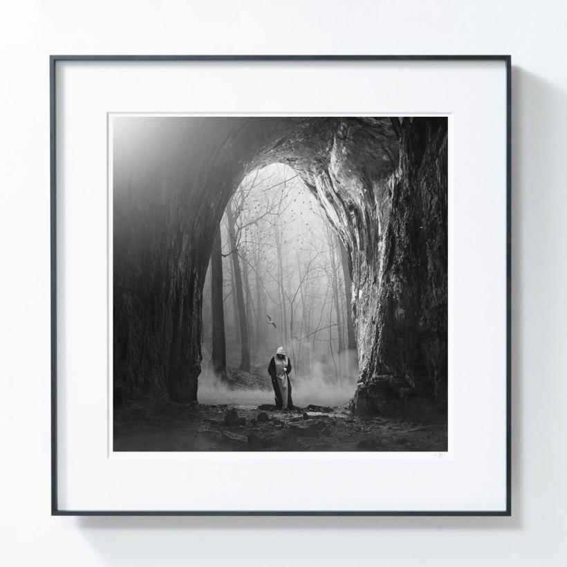 艺术品【PICAPhoto】波兰艺术家托马什·扎切纽克摄影作品《洞 》