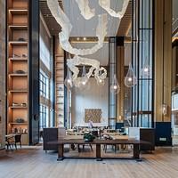 岳阳铂尔曼酒店 高级房1晚(含早餐+自助晚餐) +凑单品