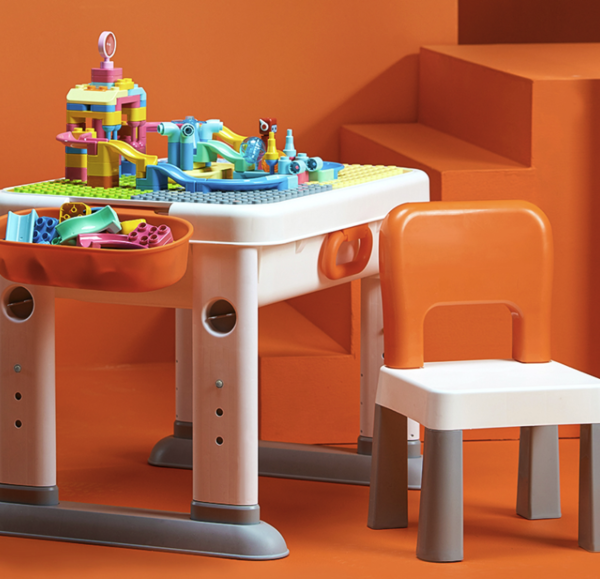 值友专享、历史低价、补贴购:布鲁可 滑轨乐园积木桌套装 积木桌+102颗滑轨包