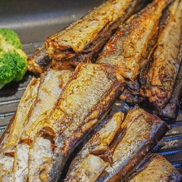分分钟回本!梭子蟹、烤肉拼盘派送,海鲜刺身畅吃!上海苏宁环球万怡酒店自助晚餐