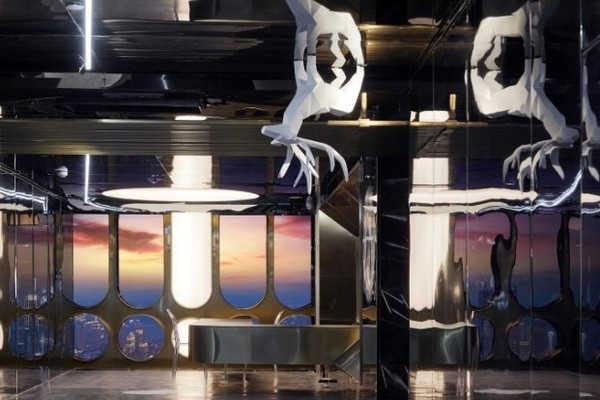 前卫艺术酒店,俯瞰全城!成都/重庆 ISEYA高空酒店 核心商圈4店1晚通兑房券