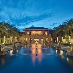 百亿补贴 三亚海棠湾康莱德酒店 60平米联排园景别墅单卧室1晚