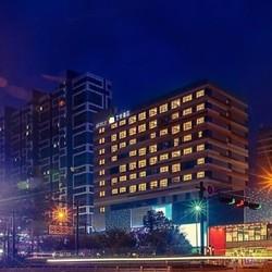 可拆分!杭州富阳艺悦酒店 标准间/大床房4晚(含早)
