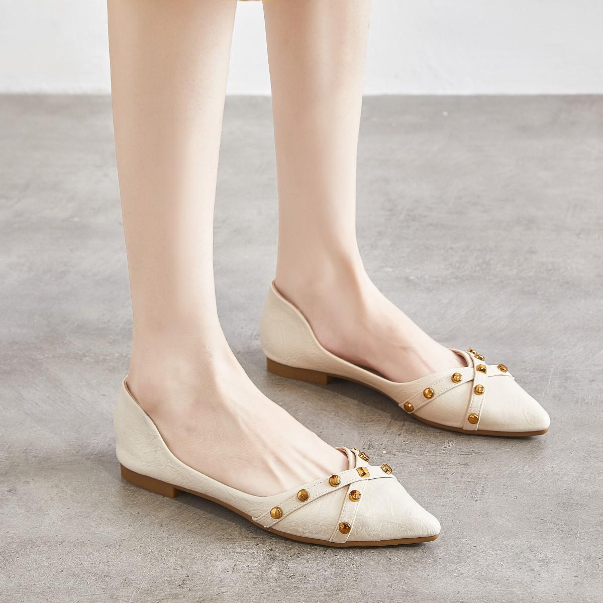 Miiow 猫人 48018420282 女士 尖头铆钉平底鞋