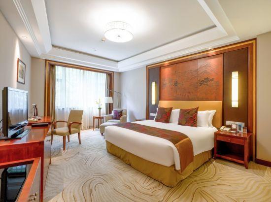 30日前可享定制月饼!杭州索非特西湖大酒店  高级房2晚通兑券(含早)