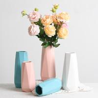 凉笙  北欧陶瓷花瓶 6.5*18.8cm 三色可选