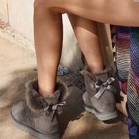 UGG Mini Bailey Bow II女士防水防污雪地靴