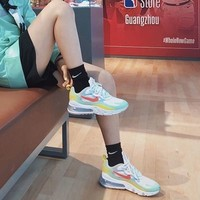 NIKE 耐克 Air Max 270 React DB5927 女款跑步鞋