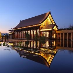 西双版纳融创万达文华度假酒店 花园泳池别墅2晚(含早餐+傣秀门票2张)