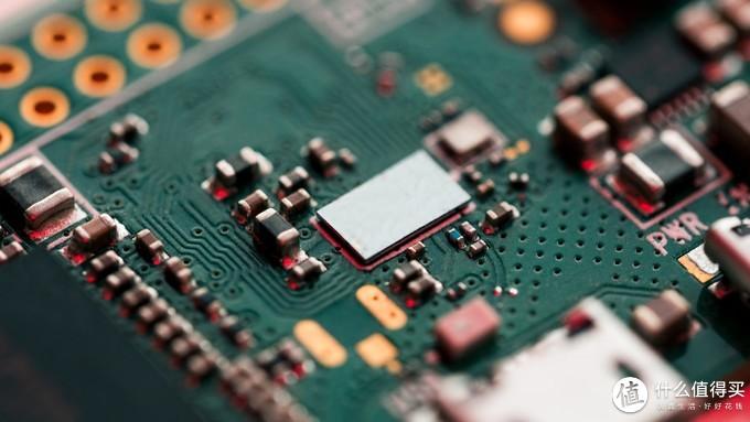 信息膨胀的互联网时代,你该如何选购 NAS 网络存储?