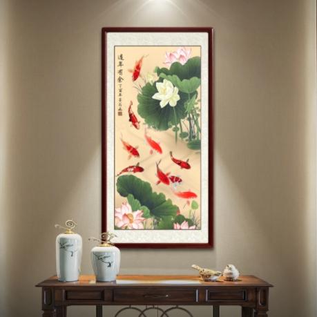玄关装饰画新中式入户走廊挂画竖版字画荷花九鱼图手绘国画工笔画