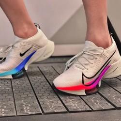 NIKE 耐克 CI9923 AIR ZOOM TEMPO NEXT% FK 男士马拉松鞋