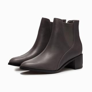 唯品尖货 : Clarks 其乐 Poise Lola 261360114  女款短筒靴
