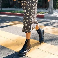 黑卡会员:Dr.Martens 马汀博士 R11821002 女款经典8孔高筒马丁靴
