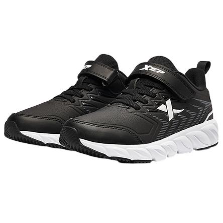 XTEP 特步 男童革面休闲运动鞋 黑/白 33码