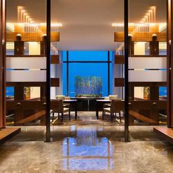 大连君悦酒店 客房2晚(含2大1小早餐+2大1小海洋世界家庭套票)