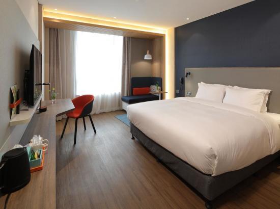 上海崇明智选假日酒店 标准房2晚(含早餐)
