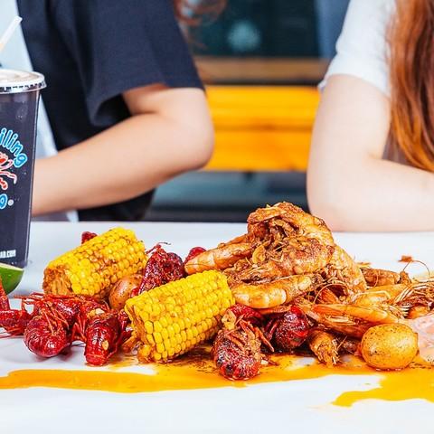 中国首店!周末节假日通用!上海 TCB宝灵蟹加州双人套餐