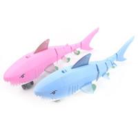 移动专享:哦咯 牵绳鲨鱼发光音乐玩具  颜色随机