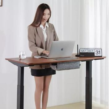 37度 手势升降办公桌套装 胡桃木实木套装