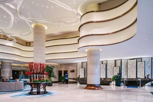 赏无敌海景View!舟山三盛铂尔曼大酒店 高级海景房2晚(含2大1小早餐)