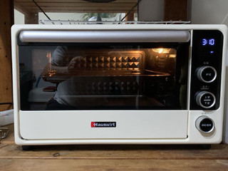 漂亮的不像实力派,海氏F1烤箱