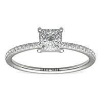 补贴购:Blue Nile 0.70克拉公主方形钻石(切工VG,成色H,净度VS2)+ 14k 白金密钉钻石戒指