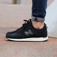 new balance 247系列 女款低帮运动小黑鞋