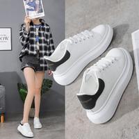 小白鞋白色女20秋新款舒适厚底女鞋白色休闲运动鞋板鞋软