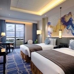 上海三甲港绿地铂瑞酒店豪华房2晚(含早餐+梦幻王国门票)