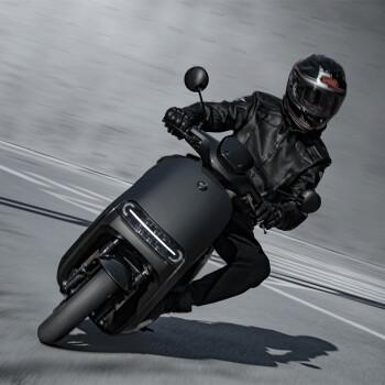 新品发售 : Ninebot 纳恩博 E200P ONE 电动摩托车 时速100km/h