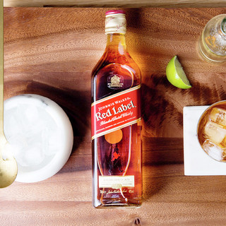 JOHNNIE WALKER 尊尼获加 红牌 调配型苏格兰威士忌 700ml