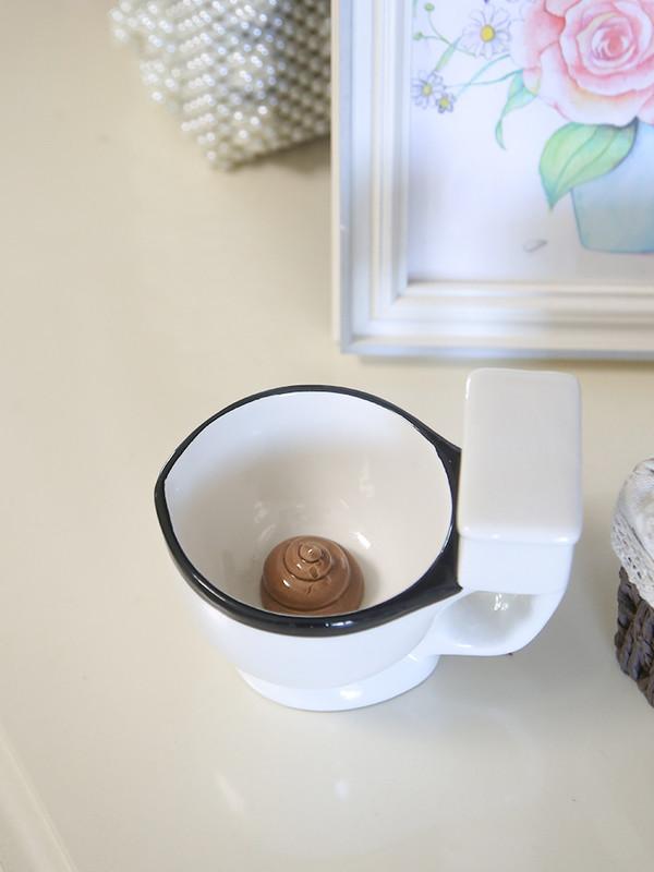 """奇葩物:乐奇公社 创意马桶形陶瓷杯 情人节的惊""""喜"""""""
