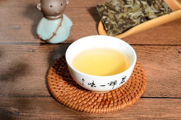 """茶中""""花仙子""""——白牡丹"""