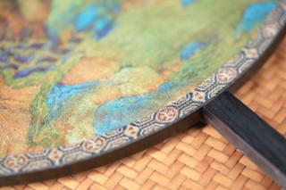 故宫博物院 千里江山艺术团扇桌面 44.2*27.5*28.2cm 桑蚕丝 紫光檀扇架扇柄