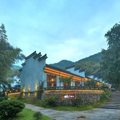 开元颐居·杭州海鸟天地 复式大/双床房1晚 含早餐+正餐1份+杭州森泊水乐园门票+儿童乐园