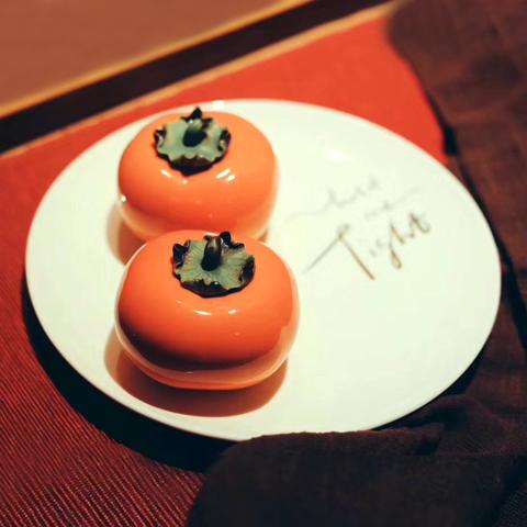 艺术品:柿柿如意 陶瓷彩釉 迷你雕塑 桌面摆件 装饰品 艺术礼物
