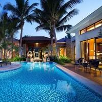 三亚维景国际度假酒店 爱侣泳池花园别墅1晚(含双早+下午茶+旅拍)
