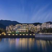 周末不加价!杭州鸬鸟新湖希尔顿花园酒店 花园标准房1晚(下午茶+室内/外儿童乐园)